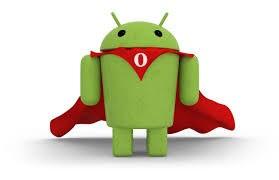 Андроид в красном плаще